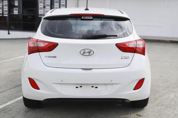 2012 Hyundai I30 GD Elite Hatchback Image 3