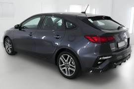 2019 Kia Cerato Hatch BD Sport Plus with Safety Pack Hatchback Image 4