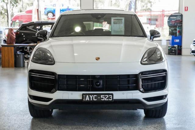 2018 Porsche Cayenne 9YA MY19 Turbo Suv Image 2