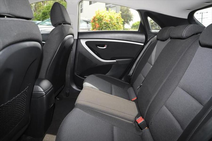 2015 Hyundai I30 GD3 Series II MY16 Active Hatchback Image 9