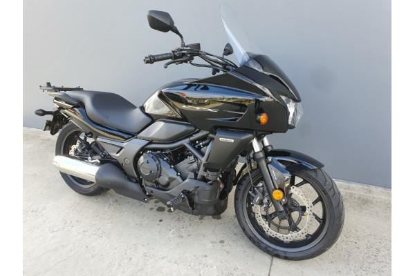 2014 Honda CTX700 CTX200 Motorcycle Image 2