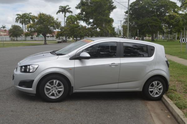 2015 Holden Barina TM CD Hatchback Image 5