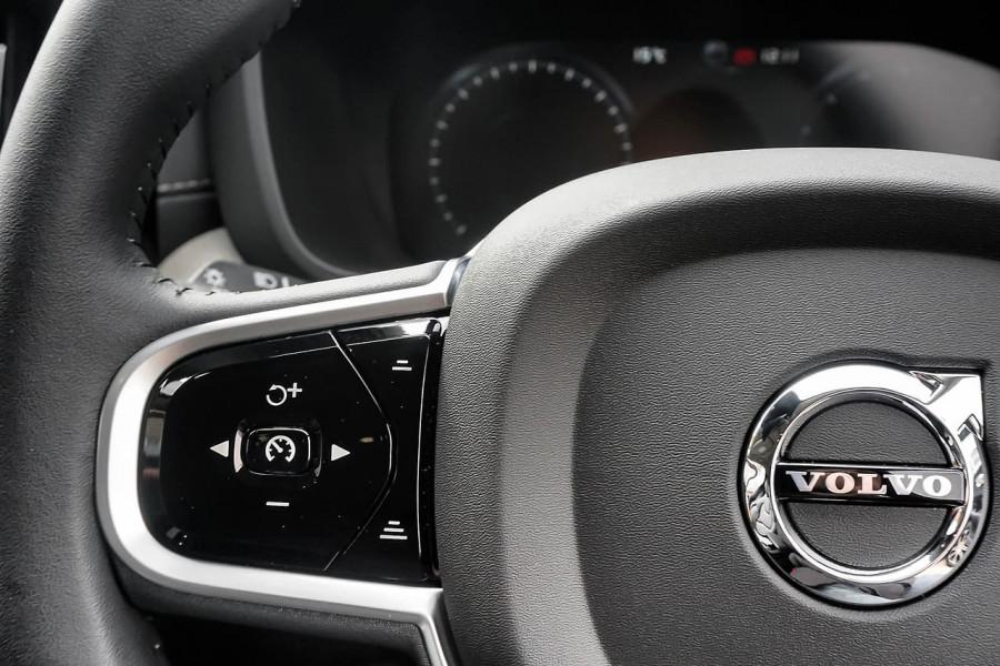 2019 Volvo XC60 UZ D4 Inscription Suv Image 7