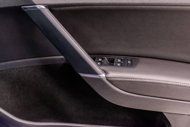 2016 Volkswagen Golf 7 R Hatchback Image 34