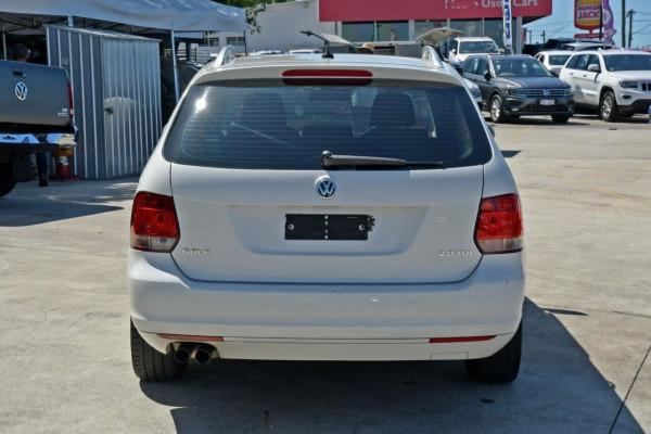 2010 MY11 Volkswagen Golf VI MY11 103TDI DSG Comfortline Wagon Image 4