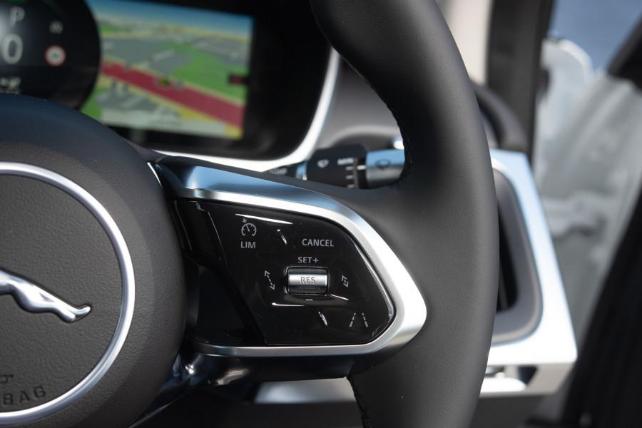 2019 MY20 Jaguar I-PACE X590 SE Hatchback Mobile Image 19