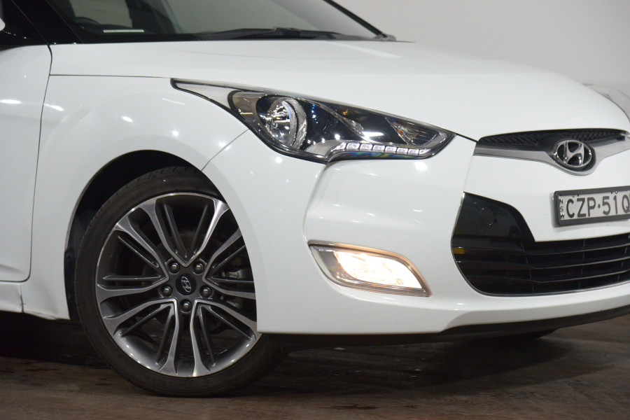2015 Hyundai Veloster +