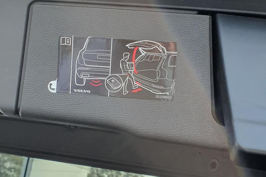 2020 Volvo XC60 UZ D4 Inscription Suv Mobile Image 14