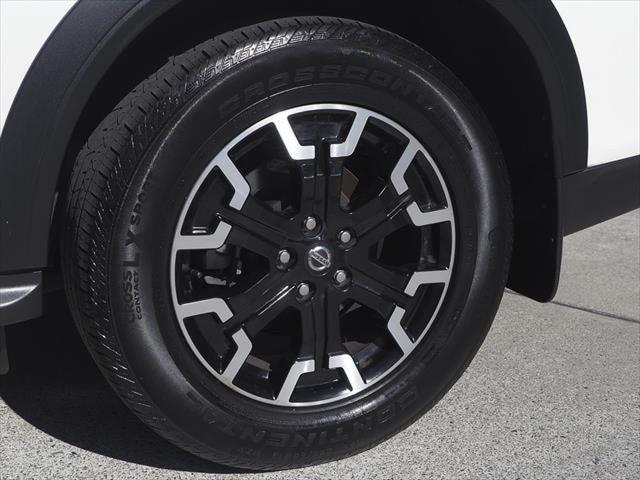 2019 Nissan Pathfinder R52 Series III MY19 ST-L N-TREK Suv Image 15