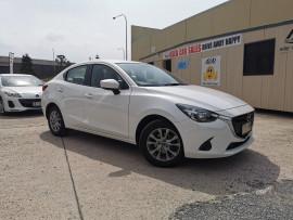 Mazda 2 Sedan DL