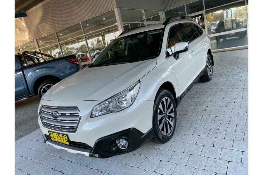 2017 Subaru Outback B6A  2.5i Suv