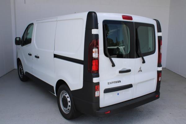 2020 MY21 Mitsubishi Express GLX SWB Manual Van Image 4