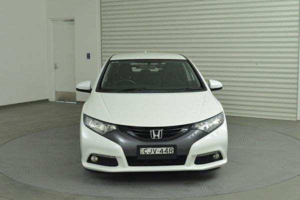 2012 Honda Civic 9th Gen VTi-S Hatchback Image 4
