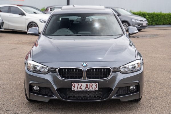 2013 BMW 3 Series F30  320i Sedan