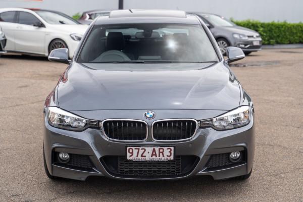 2013 BMW 3 Series F30  320i Sedan Image 4