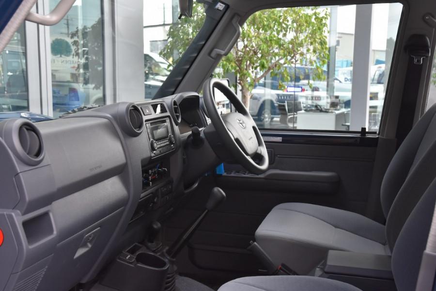 2019 Toyota Landcruiser VDJ76R GXL Suv Image 6
