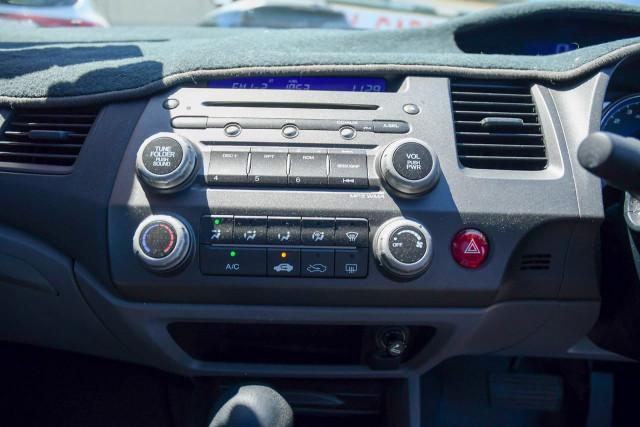 2008 Honda Civic 8th Gen MY08 VTi Sedan Image 9