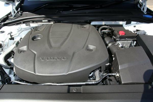 2019 MY20 Volvo V90 Cross Country D5 Wagon
