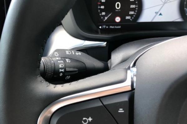 2019 Volvo XC60 UZ T5 Momentum Suv Image 4