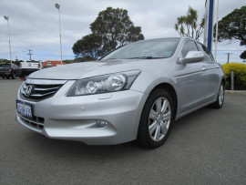 Honda Accord V6 - Luxury 8th Gen  V6