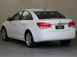 2010 Holden Cruze JG CDX Sedan Image 3