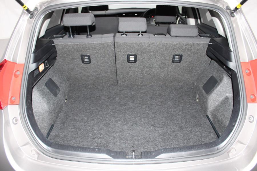 2013 Toyota Corolla ZRE182R Ascent Hatchback Image 11