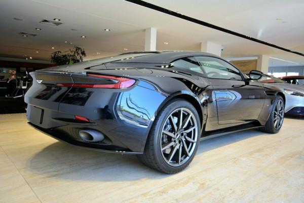 2017 Aston martin Db11 Coupe Image 3