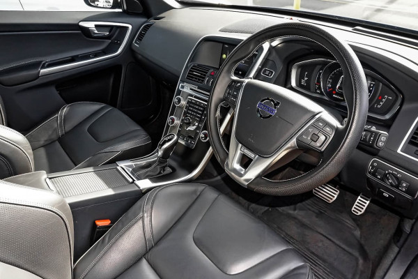 2016 Volvo XC60 (No Series) MY17 T5 R-Design Suv Image 5