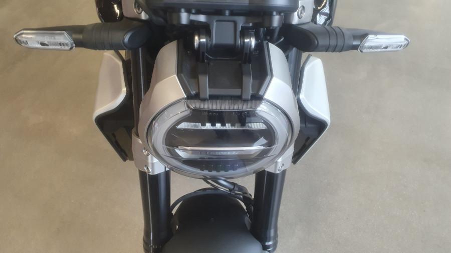 2019 Honda CB1000R CB1000R Image 21