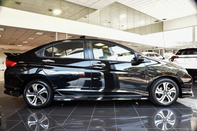 2014 Honda City GM VTi-L Sedan Image 3