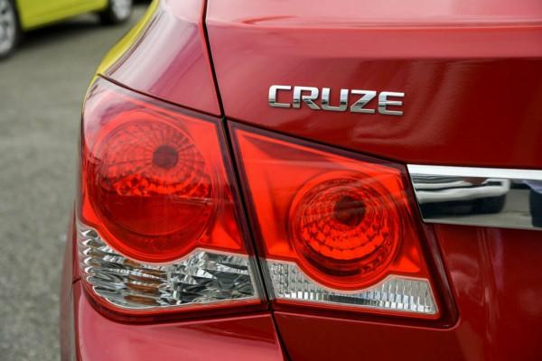 2011 Holden Cruze JG CDX Sedan Image 4