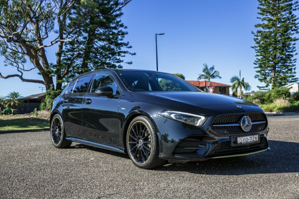 2018 Mercedes-Benz Mb Aclass W177 A200 Hatchback Image 2