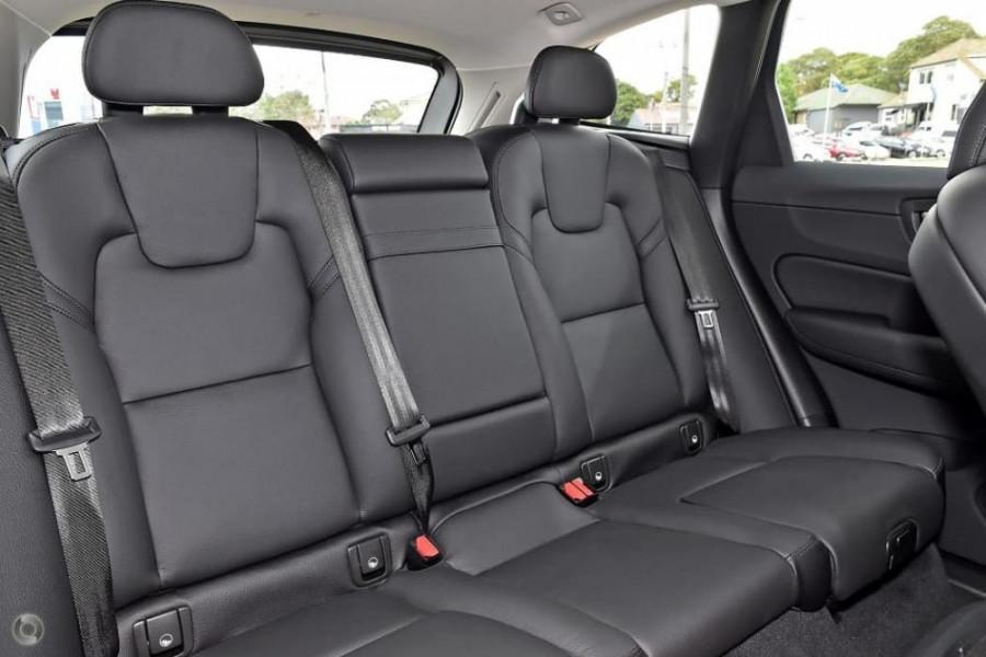 2020 Volvo XC60 UZ T5 Momentum Suv Image 13