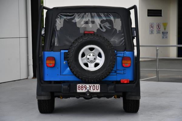 2003 Chrysler Wrangler TJ Sport Convertible Image 4