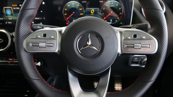 2020 Mercedes-Benz B Class Hatch Image 11
