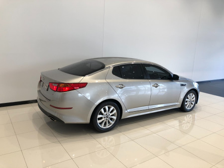 2014 Kia Optima TF Si Sedan Image 4