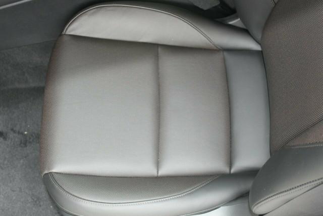 2021 Mazda 3 BP G20 Touring Hatchback Mobile Image 17