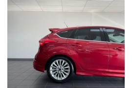 2015 Ford Focus LZ Sport Hatchback Image 4