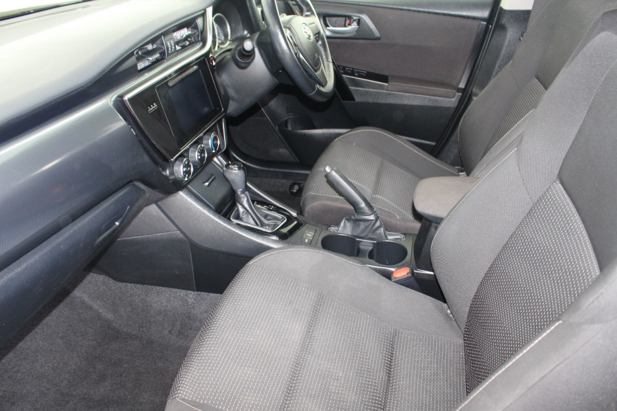 2017 Toyota Corolla ZRE182R ASCENT SPORT Hatchback Image 12