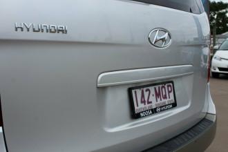 2009 Hyundai iMAX TQ-W Wagon Image 5