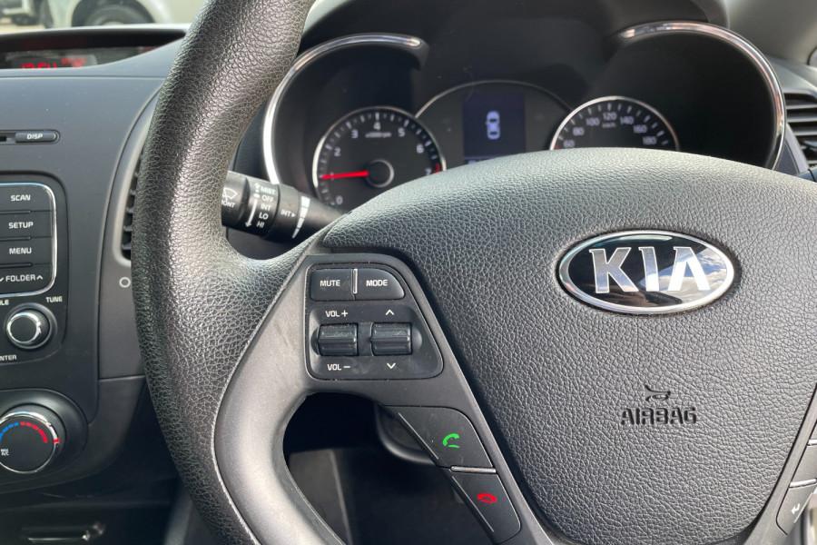 2015 Kia Cerato YD  S Hatchback Image 13
