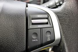 2017 Isuzu Ute D-MAX LS-U Utility - extended cab Mobile Image 20