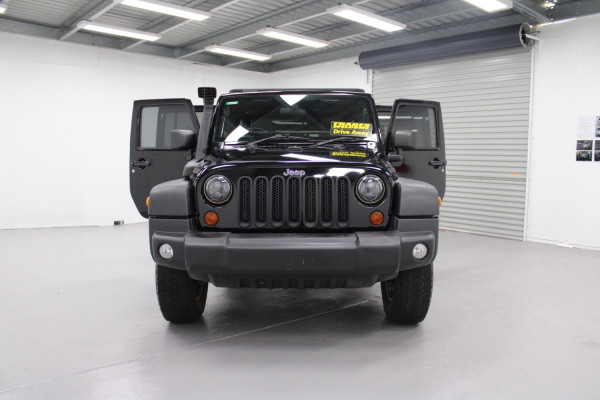 2010 Jeep Wrangler Softtop Image 4