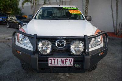 2015 Mazda BT-50 UP XT Cab chassis Image 3
