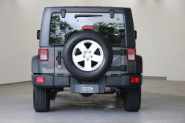 2017 Jeep Wrangler JK Sport Softtop Image 4