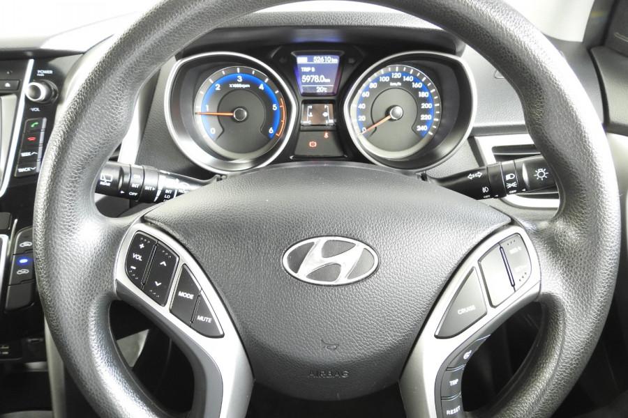 2013 Hyundai I30 GD Active Hatchback Image 15