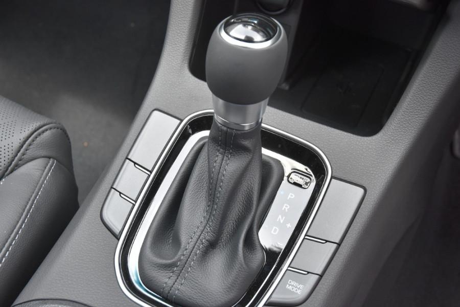 2019 Hyundai i30 PD2 Elite Hatchback Image 13
