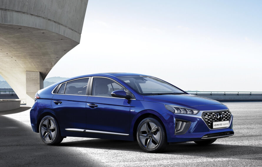 IONIQ Hybrid Two hearts one beat (combined petrol & electric).