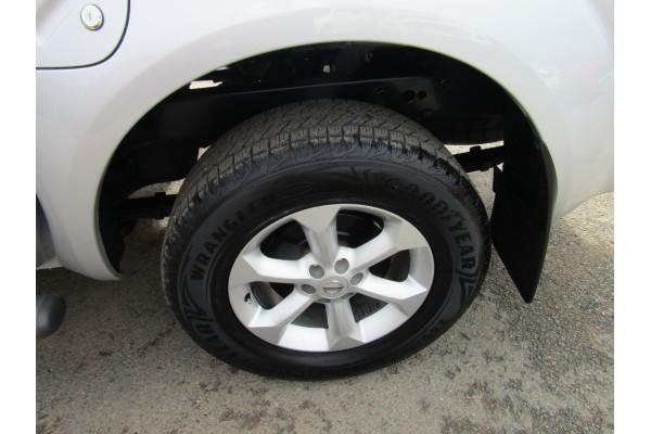 2011 Nissan Navara D40 MY11 ST-X Utility Image 5