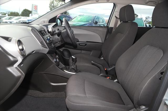 2016 Holden Barina TM MY16 CD Hatchback Image 8